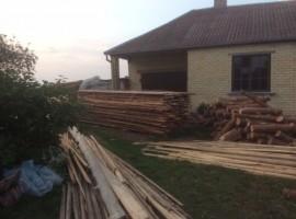 Neįrengtas naujas namas su senu gyvenamu namu